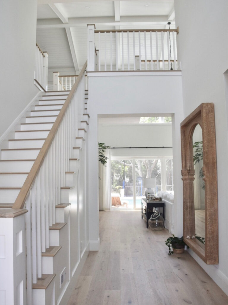 entry way design and beautiful stairway design